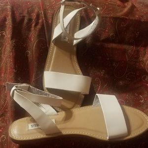 Steve Madden White ankle strap sandals